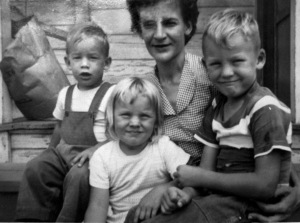 "The usual suspects. The Matteson kids ca. 1953, a few years before the soup riot. (L to R) ""Baby"" Dale, Cindy Lou, Mother Audrey, and Sammy Gene."