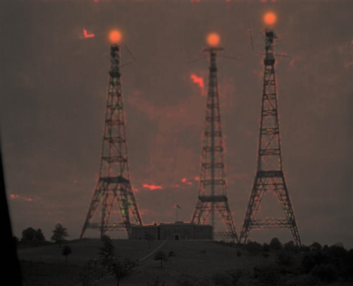 In Dothan three radio towers stood together as a beacon of our arrival.  Originla photo source : www.old-picture.com/american-legacy/010/pictures/Towers-Radio.jpg
