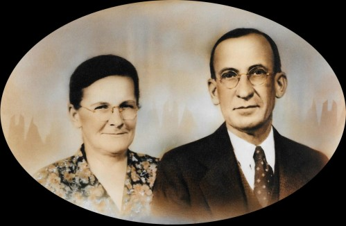 Robertia and Noah Moates, Sammy's Maternal Grandparents. Source: Family heirloom photograph.