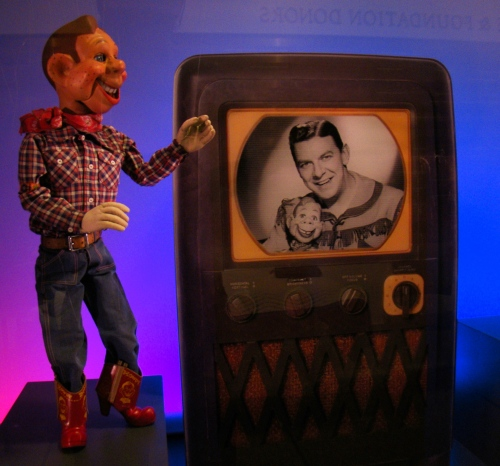 Howdy Doody was Sammy Gene's favorite TV Star in the 1950's. Photo credit: Volkan Yuksel (Own work) [CC BY-SA 3.0 (http://creativecommons.org/licenses/by-sa/3.0)], via Wikimedia Commons